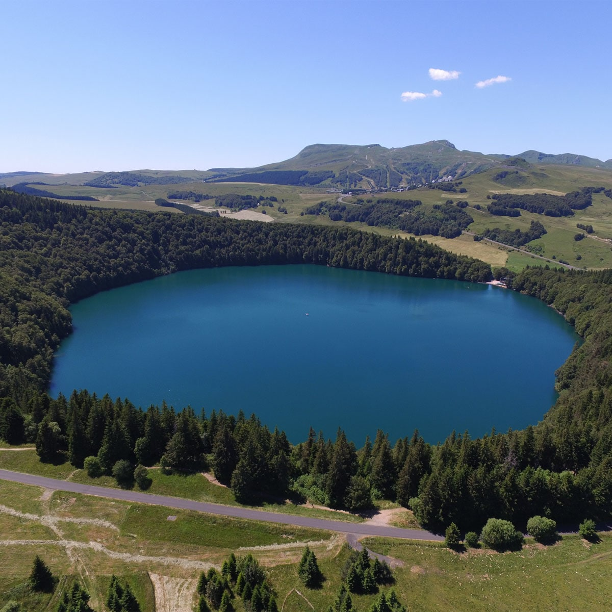Le Lac Pavin, Besse-et-Saint-Anastaise